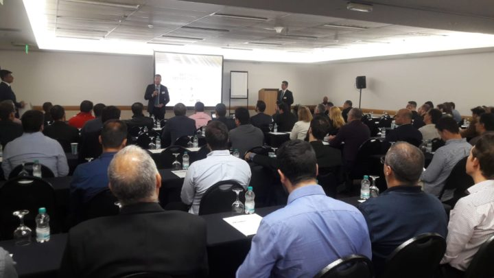 Comexi consolidates its position in the Brazilian market with a successful seminar in São Paulo