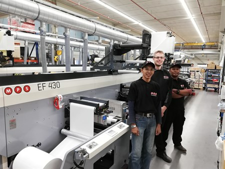 Ohtomi purchases and installs first MPS flexo press