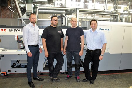 The hybrid MPS EF SYMJET saves costs and labour for Liepajas Papirs