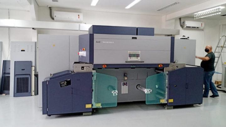 Unique competitive advantage for Megalabel with Durst Tau RSC E press