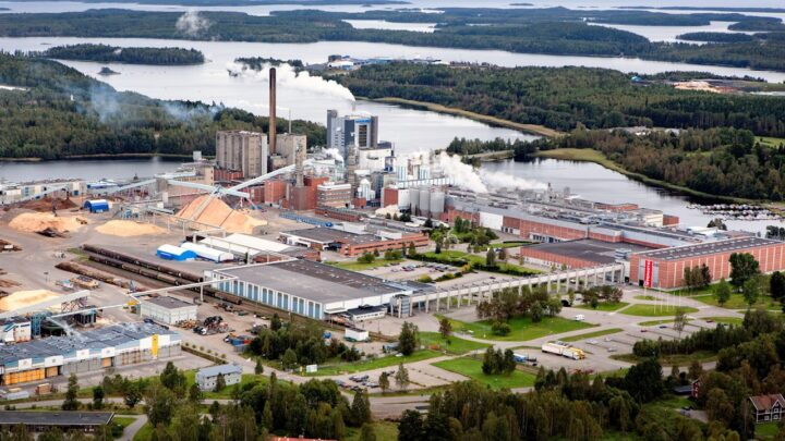 ABB delivers machine modernization plan for one of the world's most advanced pulp and board mills